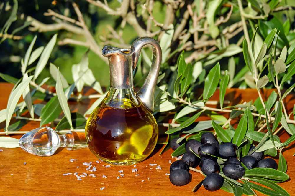 olive-oil-oil-food-carafe-162667.jpeg